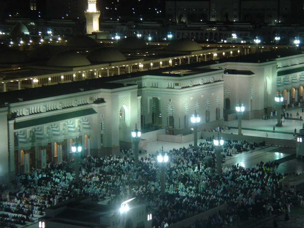 Majid-al-Nabawi, Isha' prayer | As I recall, this was Isha' … | Flickr