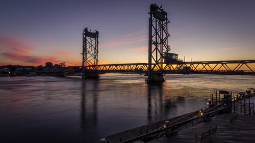 bridge sunrise nh portsmouth portsmouthnh memorialbridge hdr