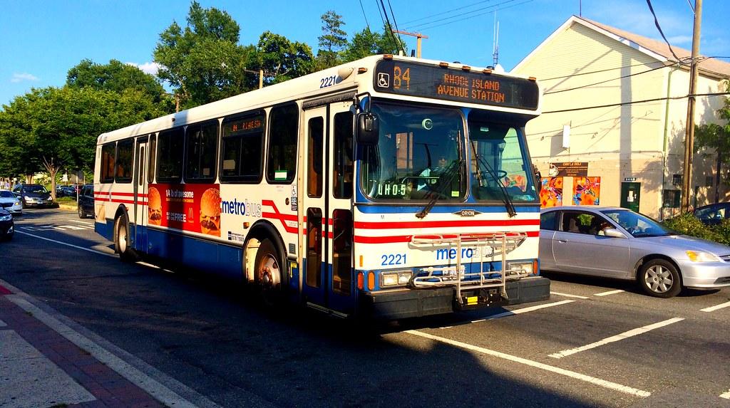 WMATA Metrobus 2000 Orion V #2221 | This Orion V will be rep… | Flickr