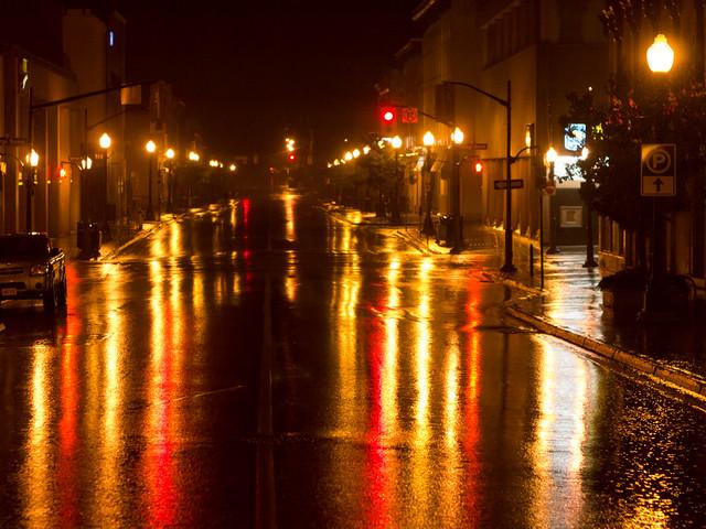 Rainy night on Hunter St.