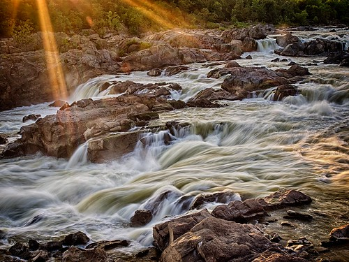 longexposure sunset sun water evening washingtondc washington md rocks day maryland rapids potomac gorge sunrays circularpolarizer greatfallspark olmsteadisland hdr7exp olympusomdem1