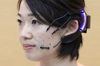 Robot Mask / Kenji Suzuki, Dushyantha Jayatilake (JP)   by Ars Electronica