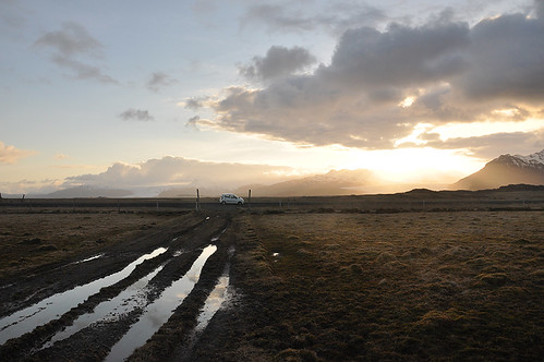 sunset iceland roadtrip
