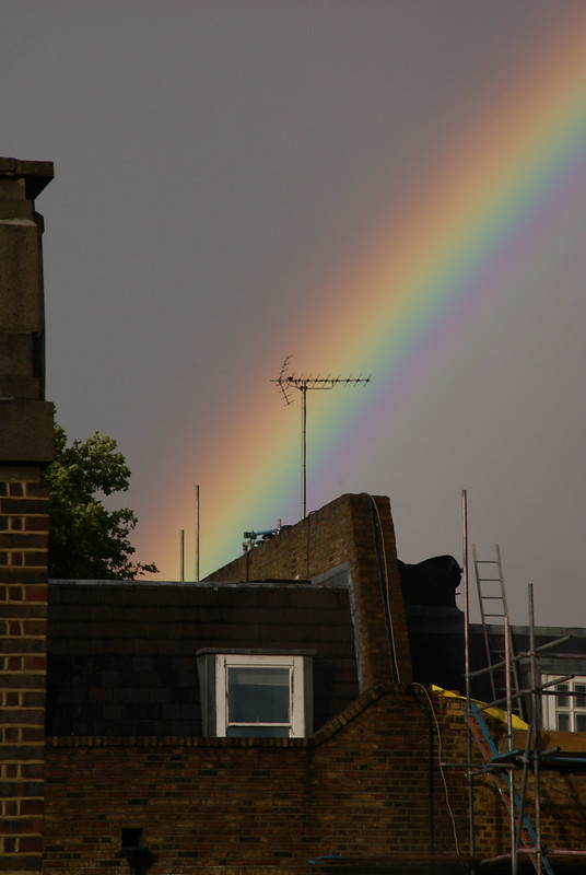 Somebody Painted the Sky Arc en Ciel Paddington