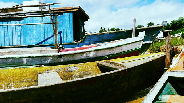 Colored boats - Lake Tucuruí - Pará - Brazil