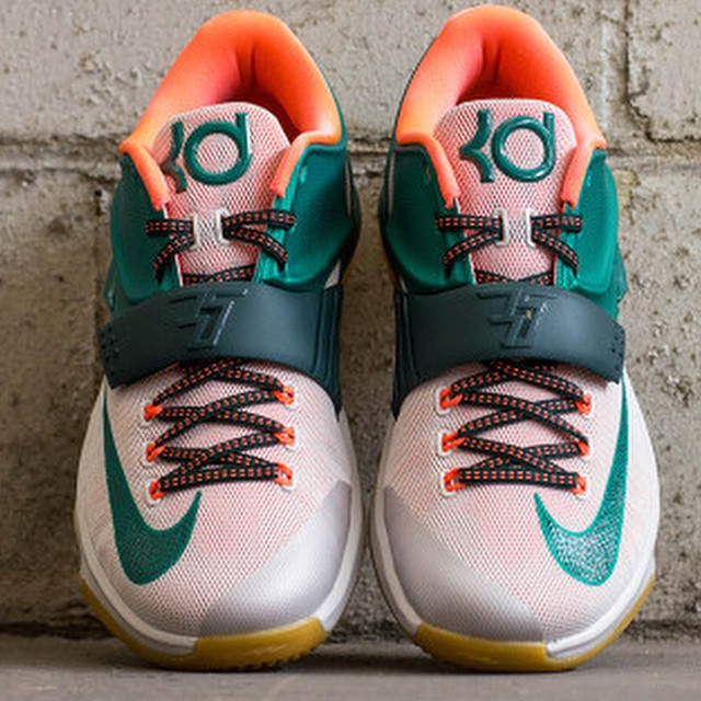 "1afb7aec0756 ... Nike KD 7 ""Easy Money"" Color  Mystic Green Light Brown Style Code"