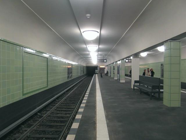 Berlin - U-Bahnhof Leinestraße