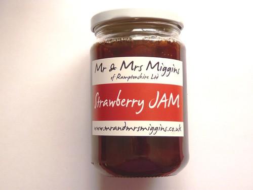 Mrs And Mrs Miggins Strawberry Jam Rampton Sept 2014