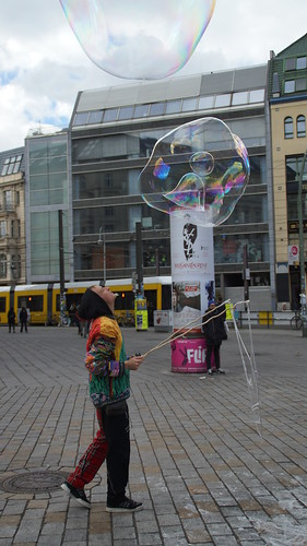 Berlin Hackescher Markt Bubble inna Bubble | by Bubblebo
