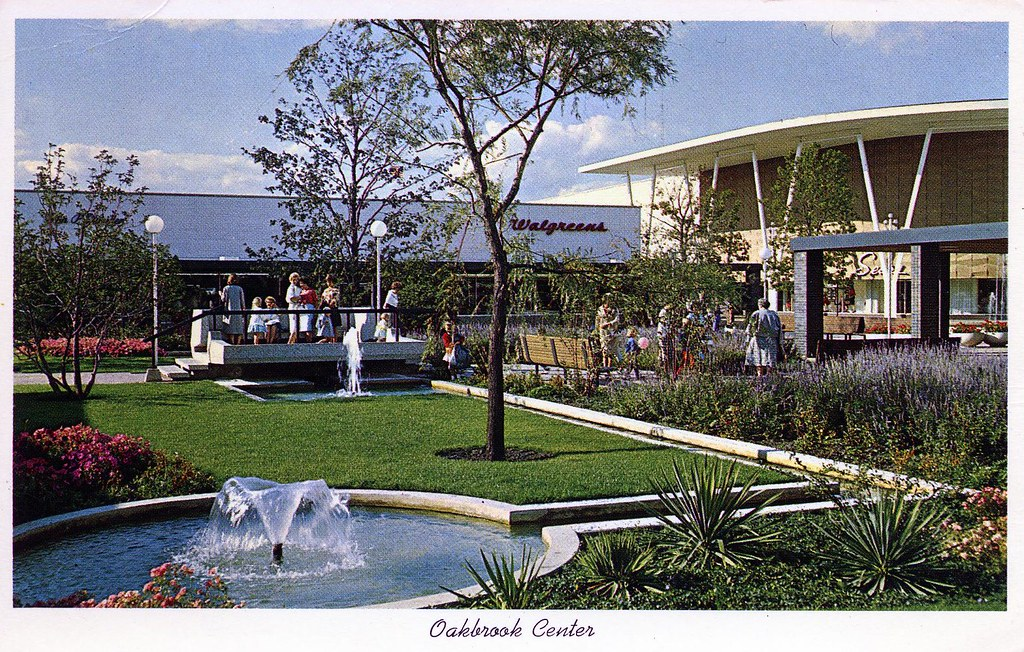 Oakbrook Mall Hours >> Oakbrook Center Oak Brook Il Corner Of Rte 83 And Cermak R Flickr