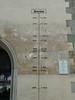 Pasov – ukazatele na zdi radnice, foto: Petr Nejedlý