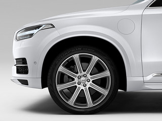 Volvo-XC90-Ext-2014-x-2015-03