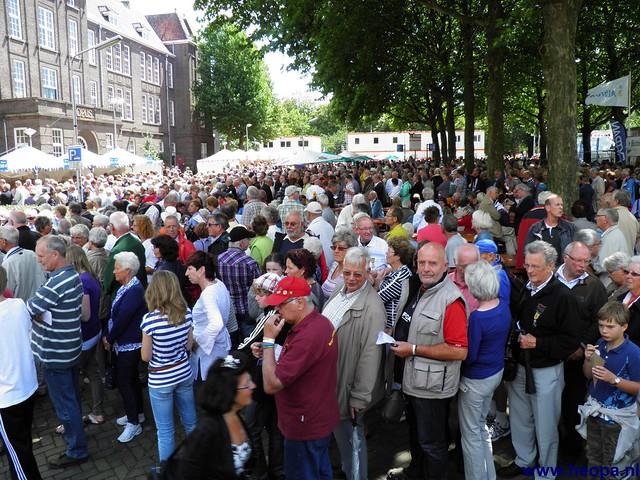 Vlaggenparade 2011 Nijmegen (04)