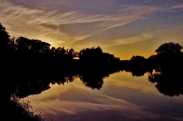 Sky mirrored (Explored 06-06-14)