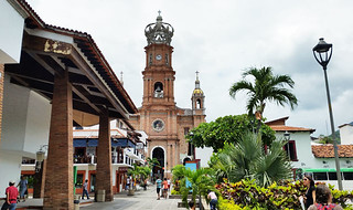 downtown-church-puerto | by quirkytravelguy