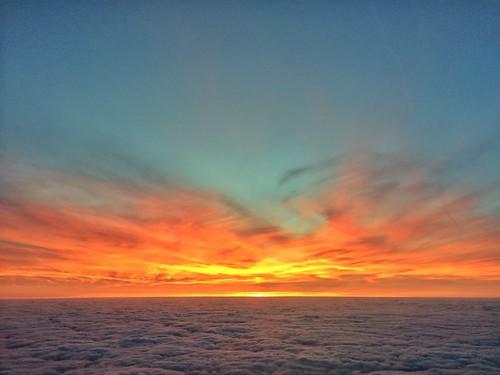 sunset sky cloud sun color colour set clouds skies londonlutonairportltn