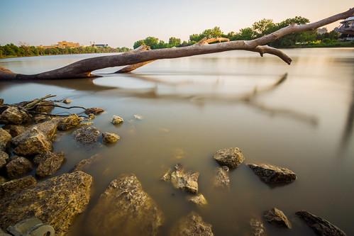 longexposure red canada river landscape winnipeg misc manitoba chrs dsc01202