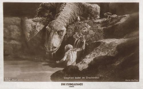 Die Nibelungen: Siegfried bathes in the dragon's blood