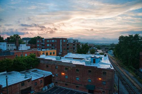 morning sunrise virginia nikon downtown rooftops charlottesville lightroom d300 topazadjust nikkorafsdx18105mmf3556edvr bobmical