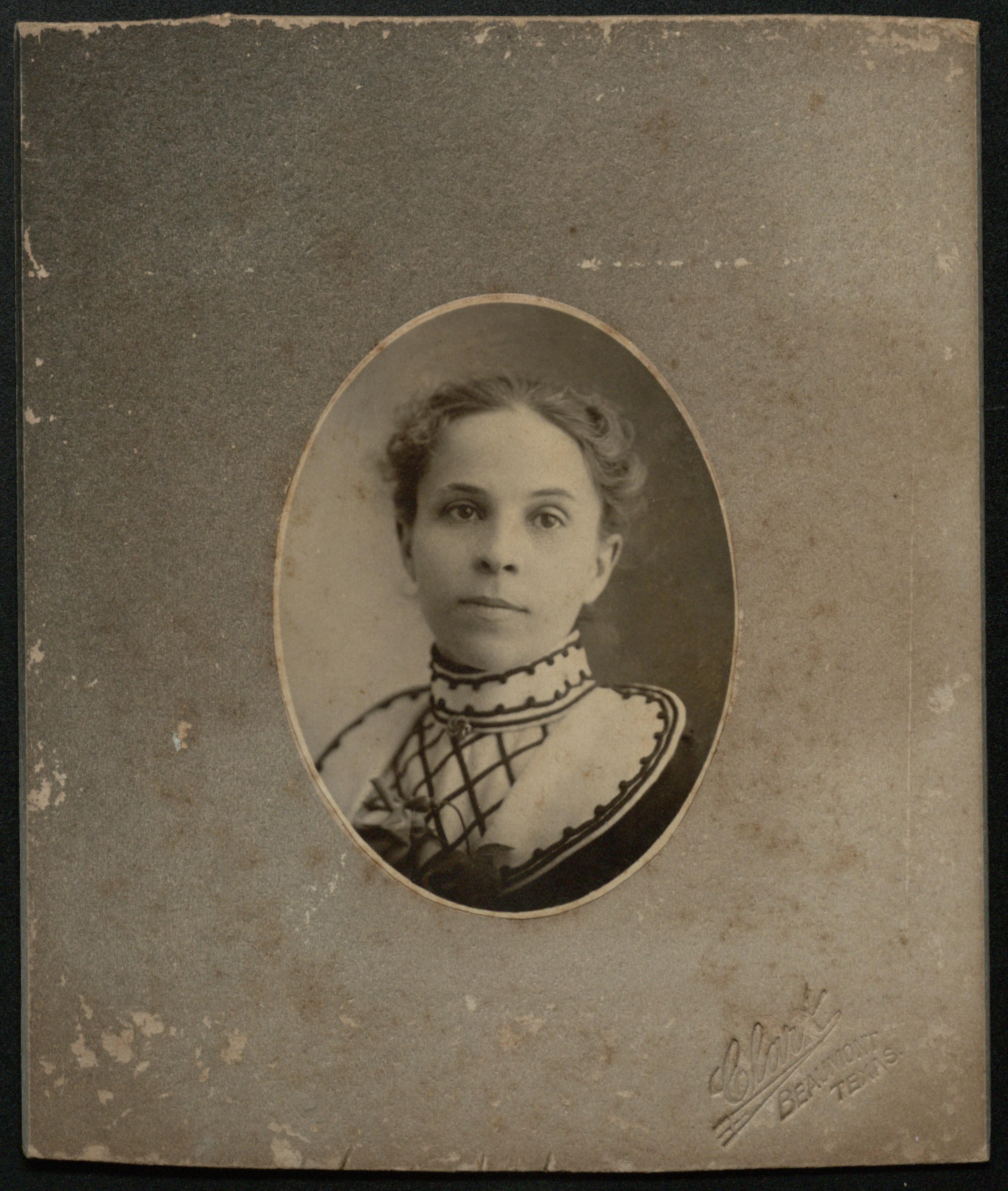 Portrait of Rosa Lee Baldwin Woodbridge (AC339-016-025-001)