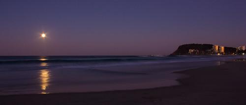 sunset moon australia burleighheads allieca