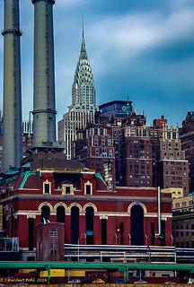 New York, im Hintergrund das  Chrysler Building (Anologaufnahme Minolta 7xi)