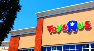 Toys R Us Store 6/2014 Waterbury CT | by JeepersMedia