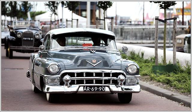 Cadillac Coupe de Ville / 1953