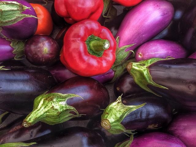 aubergine & red