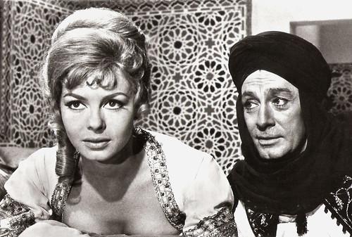 Michèle Mercier and Jean-Claude Pascal in Angélique et le sultan.