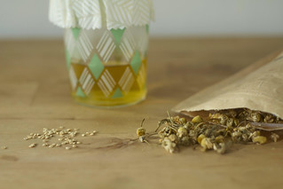 thai pepper seeds and chamomile | by childerhouse