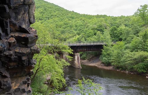 railroad usa abandoned unitedstates pennsylvania tunnel jimthorpe lehighriver cnj turnholetunnel jerseycentralrr centralrrofnewjersey nesquehoningjunction