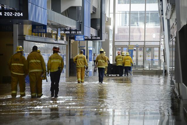 Water Main Break Floods Sunset Blvd & UCLA