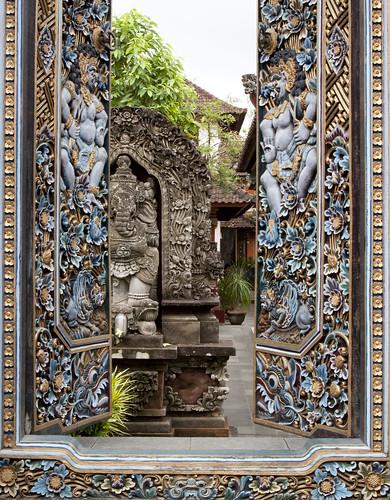 Doors, flowers, enamel Ganesha