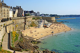 France-001070 - Bonsecours Bathing Beach | by archer10 (Dennis)