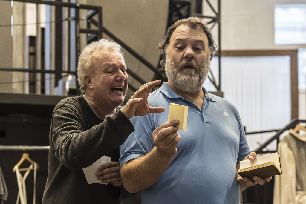 Johannes Martin Kr?nzle as Sixtus Beckmesser and Bryn Terfel as Hans Sachs in rehearsal for Die Meistersinger von Nürnberg, The Royal Opera ? 2017 ROH. Photograph by Clive Barda