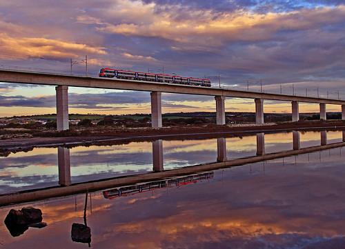 sunset train colours adelaide 4000 noarlunga onkaparinga acity adelaidemetro