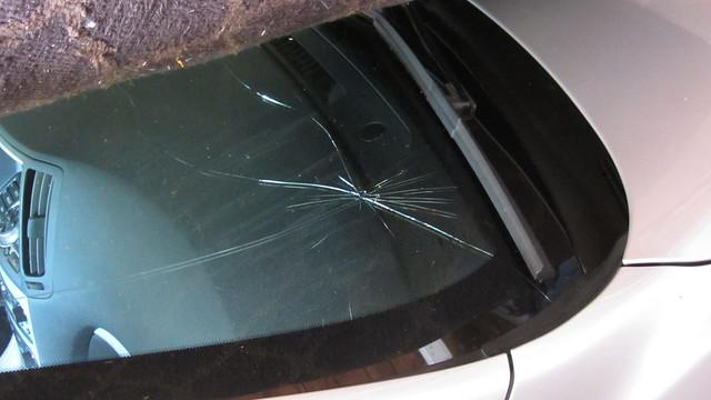 IMG_3326 g37 windshield crack