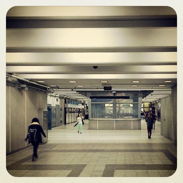 #Montréal by day #urban #canada #quebec #urbains #ville #hypster #art #hiphop #girl #sexy #femme #candid #people #men #street #short