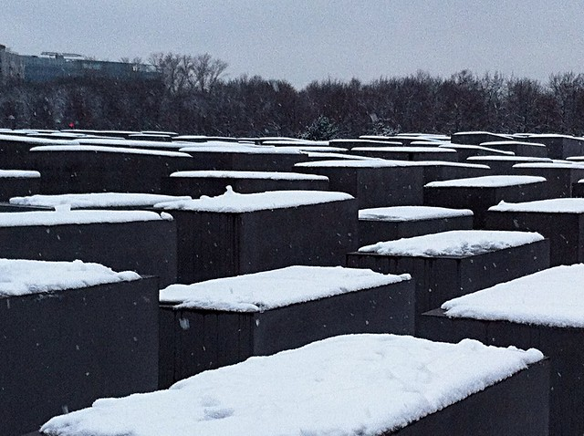 Monument a l'Holocaust de Berlín. Holocaust Memorial in BerlinMémorial de l'Holocauste à Berlin. Denkmal für die ermordeten Juden Europas
