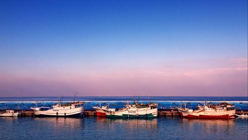 ocean blue sunset sky water port mirror bay asia day chinese culture taiwan sunny clear 夕陽 台灣 海岸 天空 水 海洋 晴天 文化 鏡 琉球 港灣 風暴 漁家 liquiu