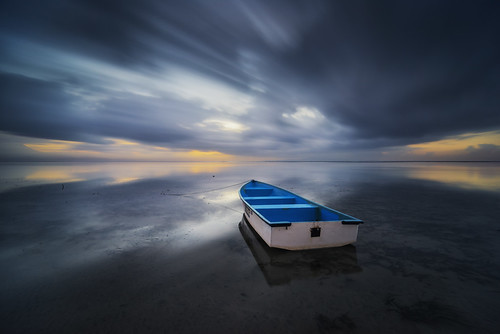 longexposure blue bali orange seascape reflection beach yellow photoshop sunrise dark indonesia landscape boat nikon asia darkness cloudy bs ss hard symmetry tokina filter le 09 lee nd slowshutter fullframe fx perahu pantai graduated sanur karang lightroom dxlens slowspeed kapal gnd jukung d810 1116mm bigstopper dxonfullframe fxbody