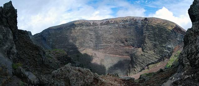 Vesuvius_Panorama_1