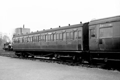 S971S at Sheffield Park - Ian Nolan - 30 March 1963