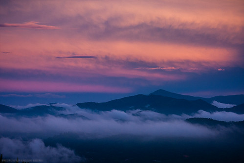 sunset mountains clouds northcarolina smokies smokymountains appalachianmountains