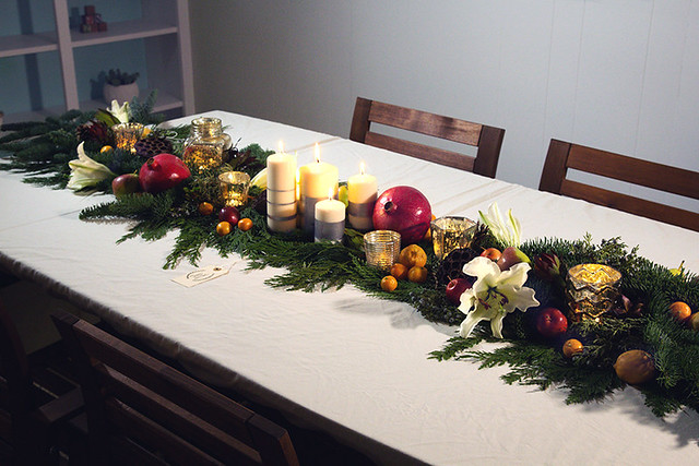 Winter Traditional Holiday Centerpiece Runner