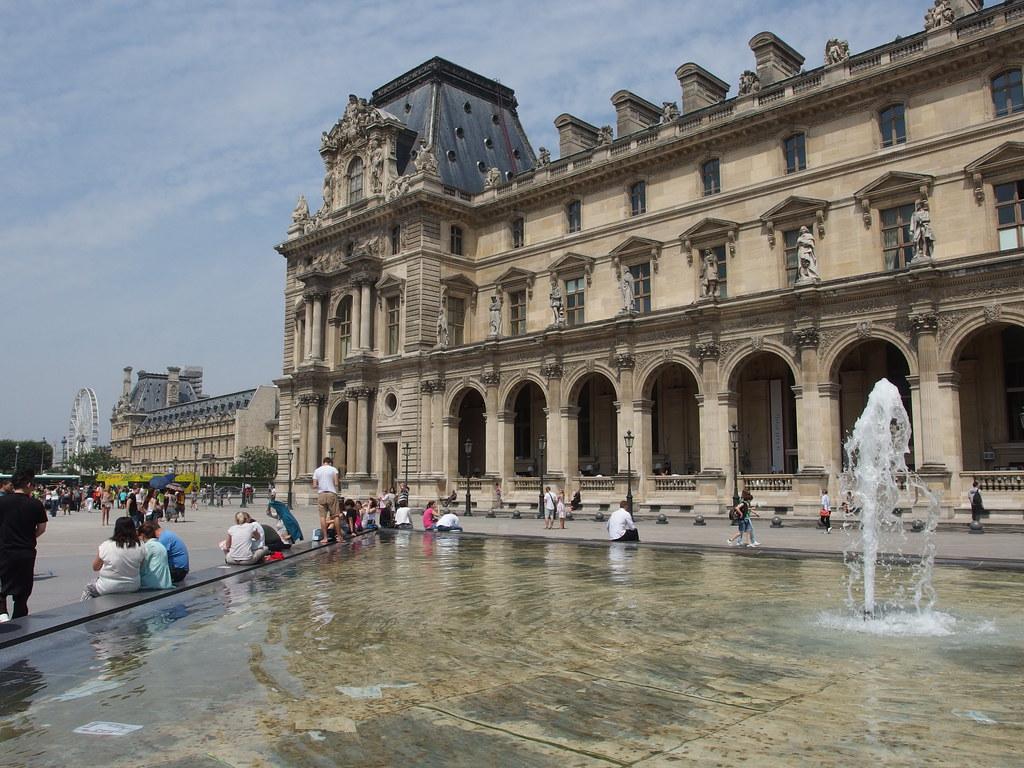 Louvre @ Paris