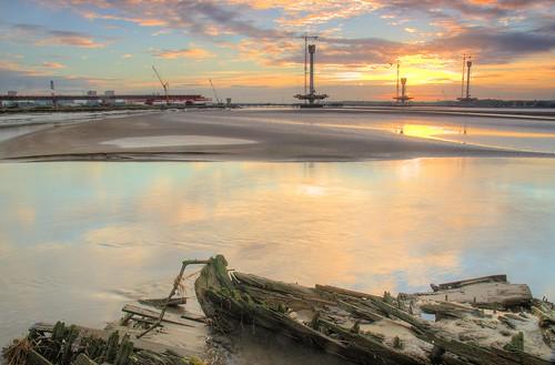 rivermersey spikeisland merseyflat boat widnes merseyside sunrise bridge newmerseygateway nikond7000 jeffpmcdonald oct2016 eustacecarey santarosa
