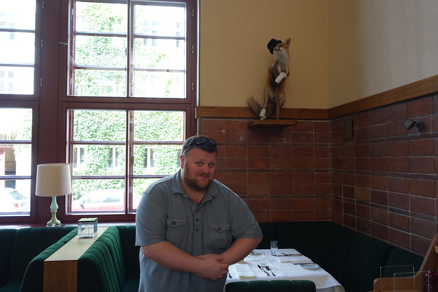 Brian and second fox at Pauly Saal