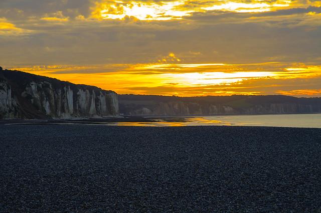 Coucher de soleil sur la côte Normande